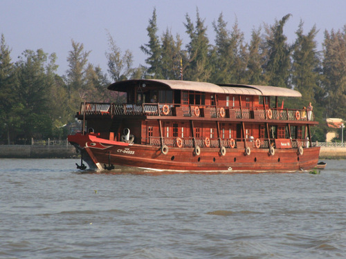 Overnight Cruise on The Mekong